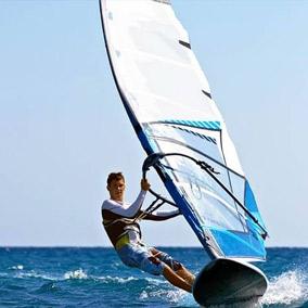wind surfing course malta